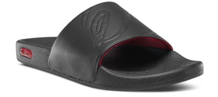éS Black/Red Slides